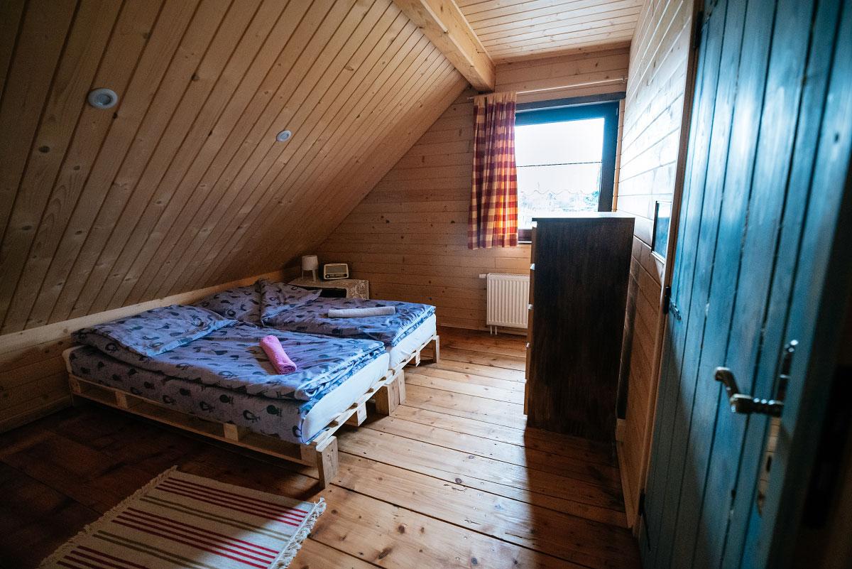 pokój dla 2 osób na poddaszu